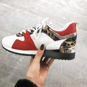 METALLIC RED SNEAKER
